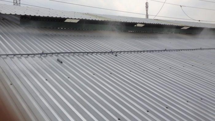 Lắp đặt hệ thống máy phun nước mái tôn nhà xưởng tại Hóc Môn