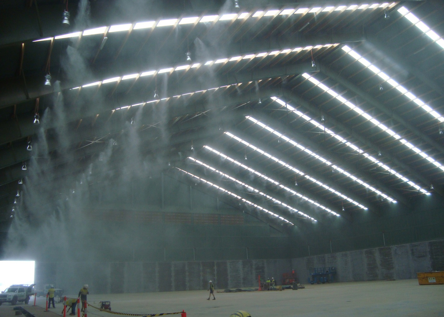 Lắp đặt hệ thống phun sương mái tôn tại quận Tân Phú