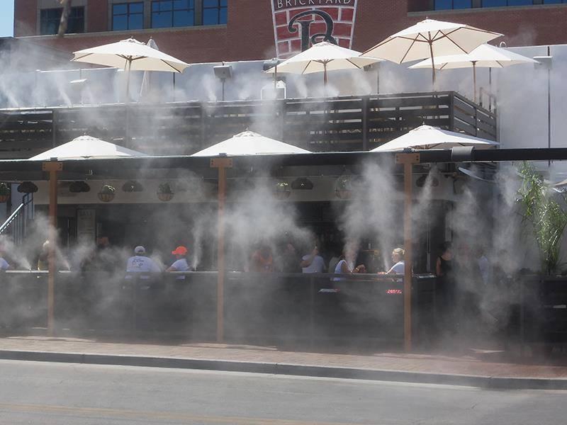 Máy phun sương quán cà phê bán ở đâu tại TPHCM